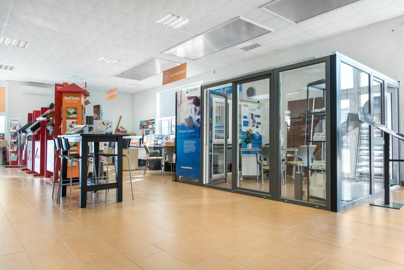 Nyílászárók Pécs - Homlokzati, beltéri, kültéri nyílászáró - Fa, műanyag ajtó, ablak, bejárati ajtó